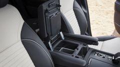 Land Rover Discovery 2020: il vano portaoggetti anteriore