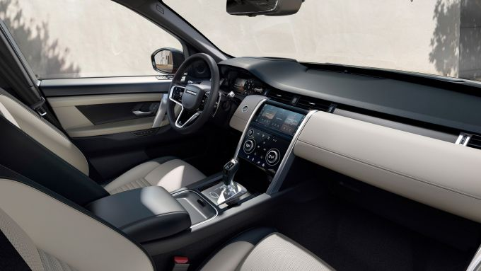 Land Rover Discovery 2020: l'abitacolo