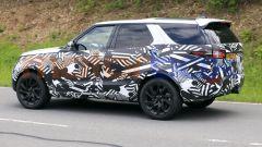 Land Rover Discovery, anche ibrida plug-in? Nuove foto spia - Immagine: 5