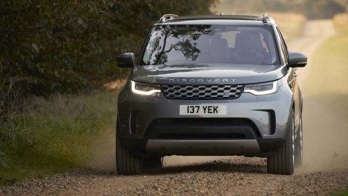 Land Rover Discovery 2020: visuale anteriore