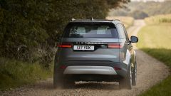 Land Rover Discovery 2020: visuale posteriore