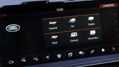 Land Rover Discovery: prima di utilizzare il Tow Assistant bisogna settare alcuni parametri nel sistema di infotainment