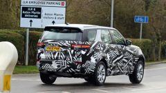 Land Rover Discovery restyling, il debutto entro fine anno