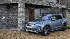 Land Rover Discovery Sport P300e, propulsione ibrida plug-in