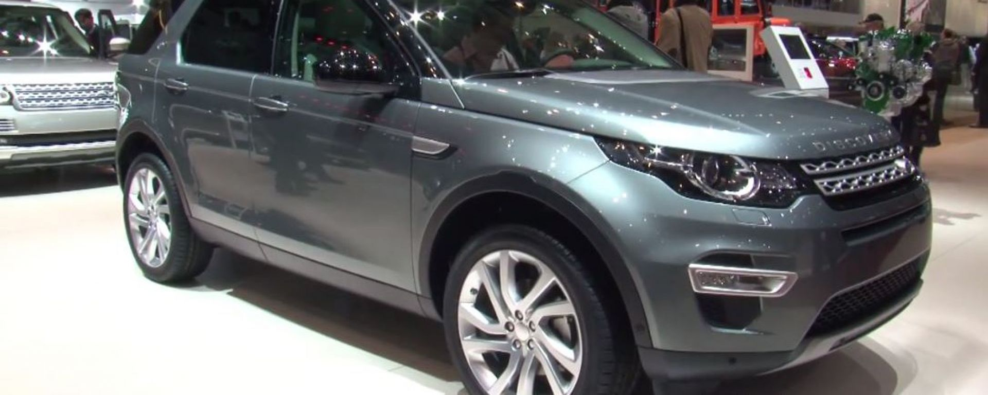 Land Rover: il video dallo stand