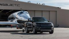 Land Rover al fianco di Virgin Galactic per i voli spaziali commerciali - Immagine: 2