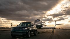 Land Rover al fianco di Virgin Galactic per i voli spaziali commerciali - Immagine: 3