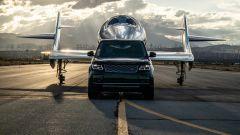 Land Rover al fianco di Virgin Galactic per i voli spaziali commerciali - Immagine: 1