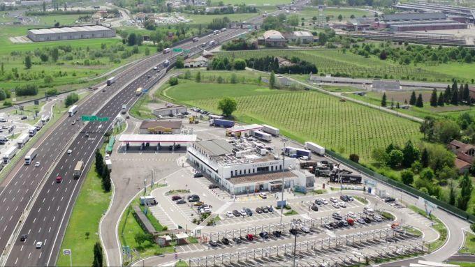 L'Area di Servizio Secchia Ovest, Autostrada A1