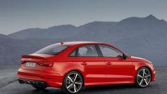 L'Audi RS 3 Sedan col motore 2.5 TFSI 5 cilindri da 400 cv