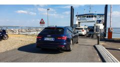 L'Audi S6 2019 si imbarca sul traghetto per Thyboron