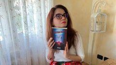 Laura Di Nicola è l'autrice del romanzo