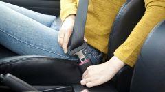 Cinture di sicurezza, airbag, ABS, ESP: quante vite salvano ogni anno?