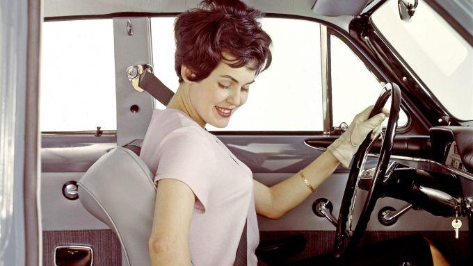 Le cinture di sicurezza: furono introdotte da Volvo nel 1959