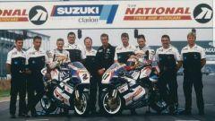 Le due moto ex Team Crescet schierate per la foto di squadra