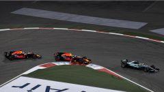 Le due Red Bull di Ricciardo e Verstappen all'inseguimento della Mercedes - F1 GP Bahrain