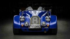 Le forme sinuose della Morgan si fondono con la modernità