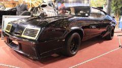 Le foto della V8 Interceptor in vendita, il caratteristico cofano