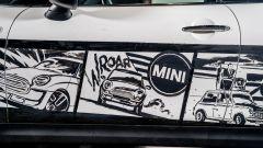 Le gag di Mr. Bean sulla Mini disegnata da Giuseppe Palumbo
