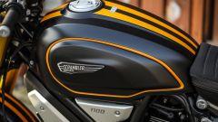 le guance satinate lasciano il posto a quelle nere sulla Ducati Scrambler 1100 Sport