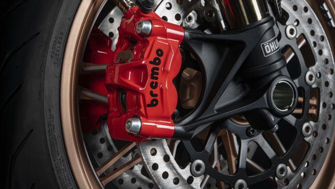 Le pinze Brembo M50 rosse della Ducati Diavel 1260 Lamborghini