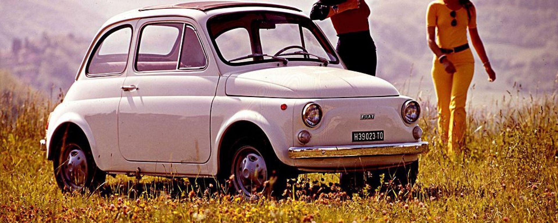 Scarpe nuove per la vecchia Fiat 500