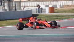 Leclerc affronta la chicane dell'ultimo settore