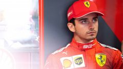 Leclerc triste al box Ferrari