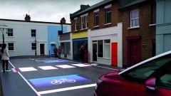 LED e telecamere HD. Svelata a Londra la strada salva-pedoni - Immagine: 5