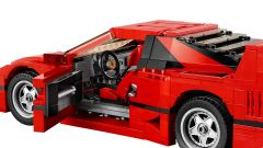 Mattoncini ruggenti: la Ferrari F40 di Lego  - Immagine: 5
