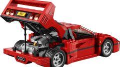 Mattoncini ruggenti: la Ferrari F40 di Lego  - Immagine: 3