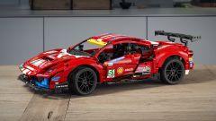 LEGO Technic Ferrari 488 GTE: il nuovo modello LEGO
