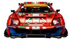 LEGO Technic Ferrari 488 GTE: visuale frontale