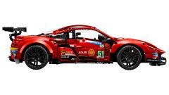 LEGO Technic Ferrari 488 GTE: visuale laterale