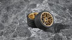 Lego Technic Lamborghini Sián FKP 37: particolare degli pneumatici