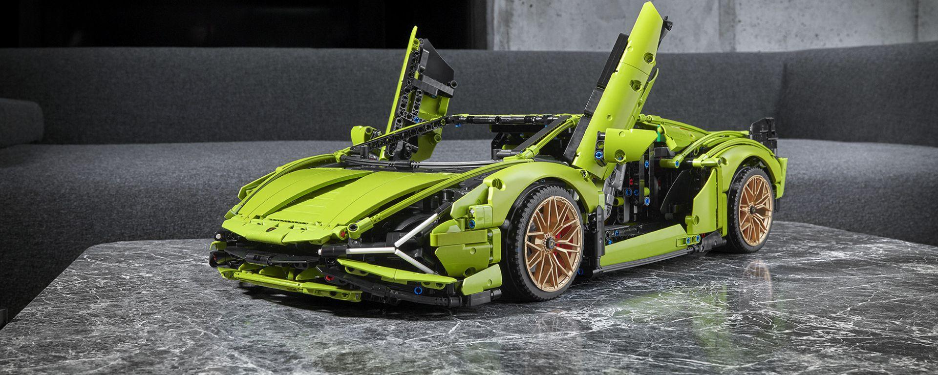 Lego Technic Lamborghini Sián FKP 37: portiere a forbice, come quella