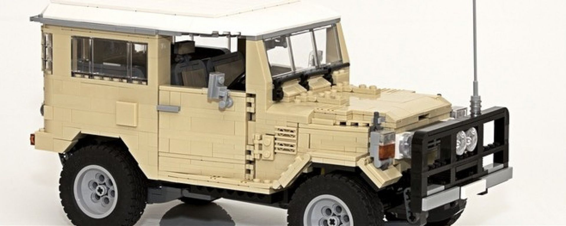 Lego Toyota Land Cruiser 40 Series