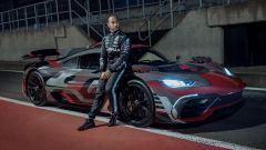 Lewis Hamilton con Mercedes-AMG Project One