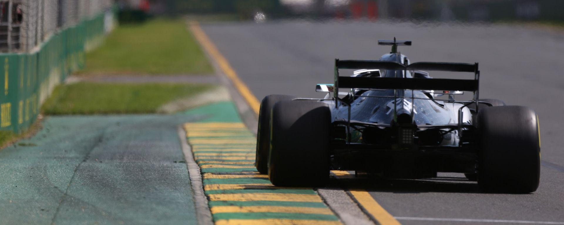 Lewis Hamilton è stato il più veloce nelle PL1 del Gp Australia
