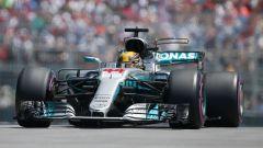 Lewis Hamilton in azione sulla Mercedes W08 EQ Power+