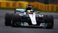 Lewis Hamilton in azione sulla Mercedes W08