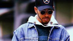 Lewis Hamilton nel paddock di Interlagos