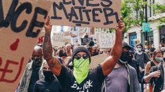 Hamilton in piazza a sostegno del Black Lives Matter