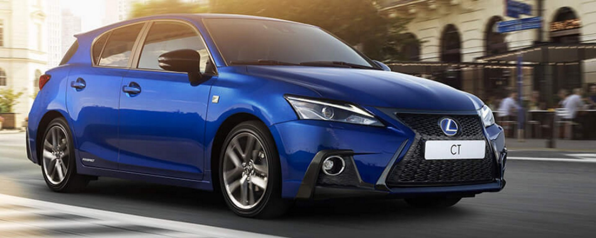 Lexus CT 200h: ecco il model year 2018