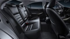 Lexus IS 300h - Immagine: 36