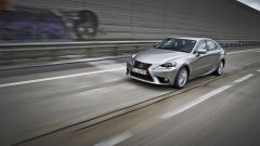 Lexus IS 300h - Immagine: 10