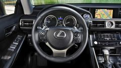 Lexus IS 300h - Immagine: 22