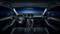 Lexus IS 300h - Immagine: 24