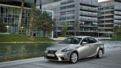 Lexus IS 300h - Immagine: 15