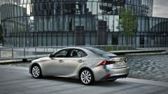 Lexus IS 300h - Immagine: 16
